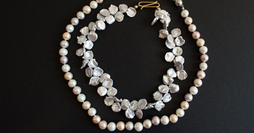 Wir führen echte Perlenketten in großer Farben- und Formenvielfalt!